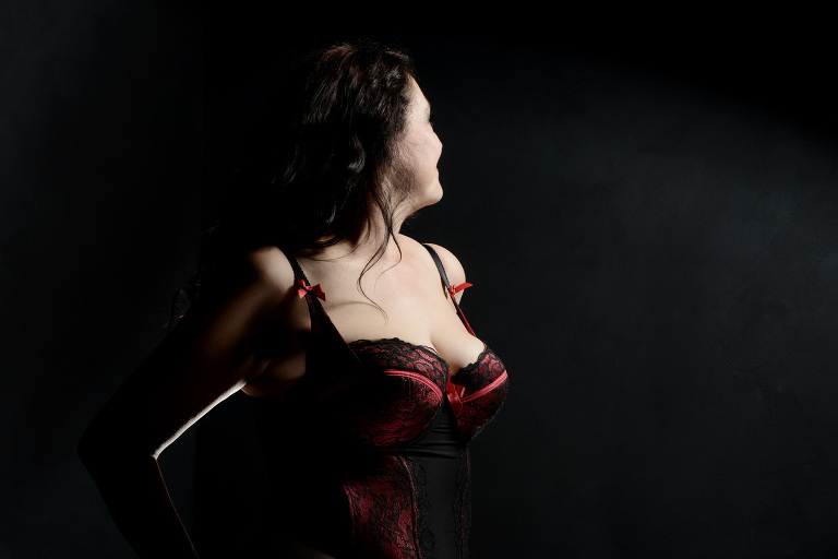 sensual boudoir photography in Hampshire